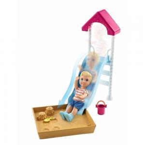 Barbie Bebek Bakıcısı Temalı Oyun Setleri FXG94-FXG96 Kaydıraklı